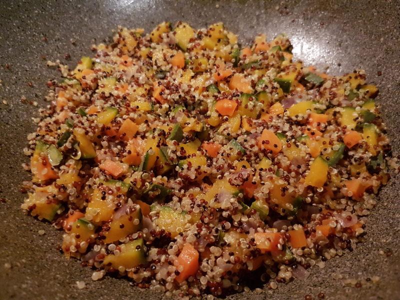 Tagliata di tonno con quinoa