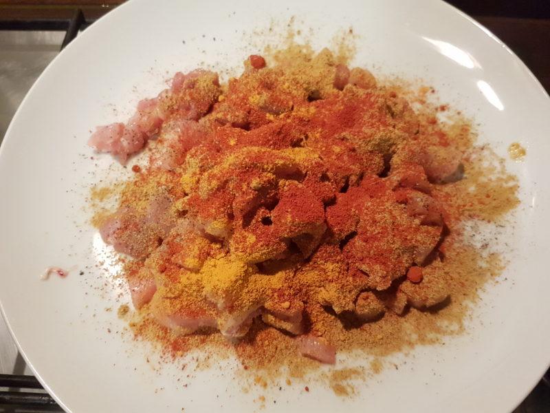 Cous cous delizioso con pollo e verdure