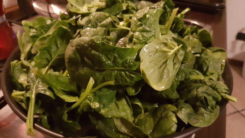 Frittata con spinaci al forno e patate alle erbe aromatiche