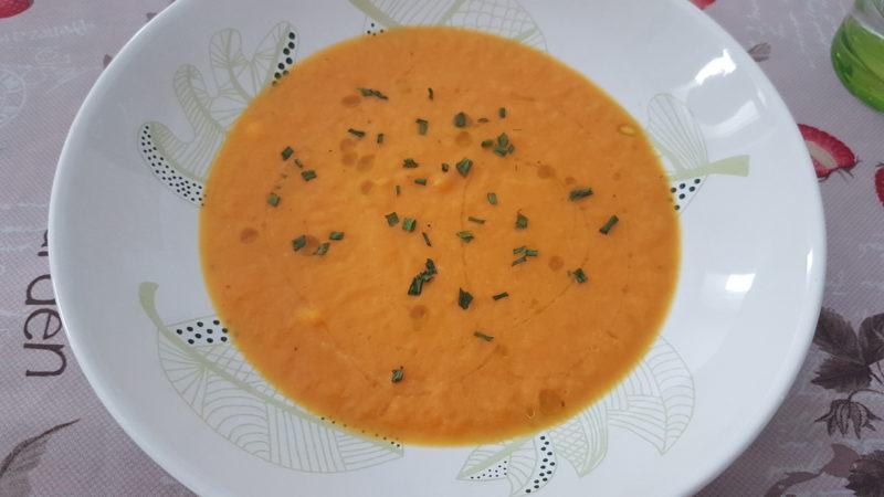 Vellutata di zucca, porri, carote e caprino (3)