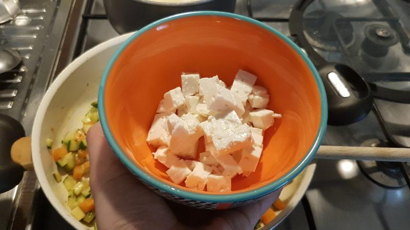 Miglio con carote, zucchine e feta