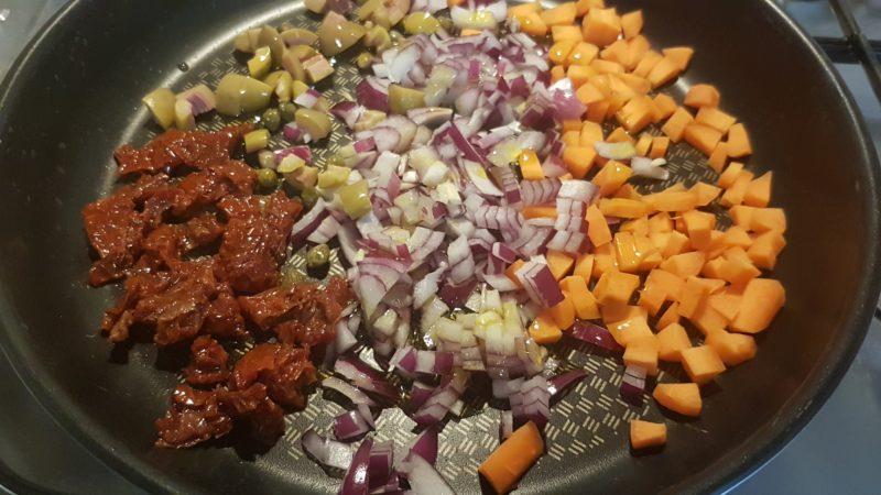 Cous cous con radicchio al curry