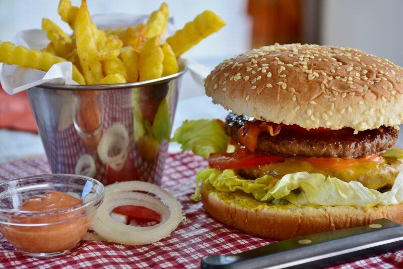 Come mangiare sano lavorando da casa